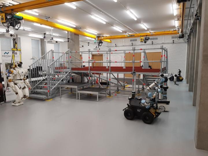 Field Robotic Lab